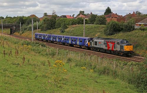 ROG Class 37 37884 & Scotrail Class 314 314211 - Flag Lane, Penwortham.
