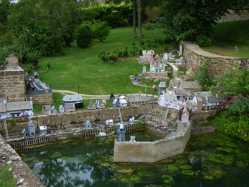 Snowshill Manor - Wolf's Cove - a model village