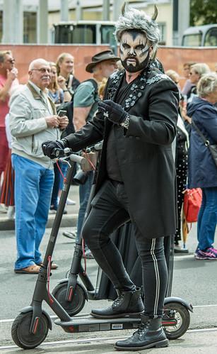 horned electric scooter rider, XXVII Laupupidu rongkäik DSC_0189