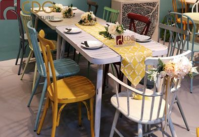 How To Choose The Right Chairs For Your Restaurant And Cafe Shop