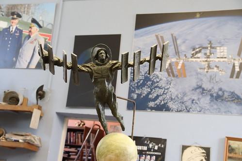 Фото Ивана Миско. Скульптура полет в космос. Photo by Ivan Misko. Sculpture space flight (9)