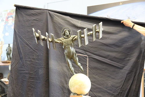 Фото Ивана Миско. Скульптура полет в космос. Photo by Ivan Misko. Sculpture space flight (6)