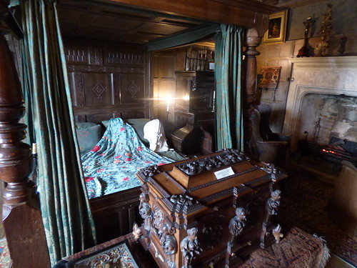 Snowshill Manor - the collection of C. P. Wade - four poster bed