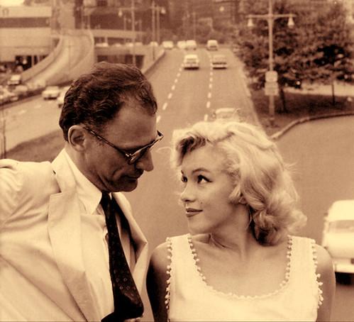 Marilyn Monroe y Arthur Miller fotografiados por Sam Shaw, Nueva York, 1957