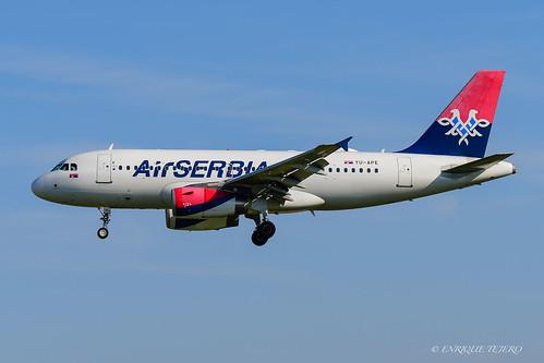 A319 AirSerbia YU-APE