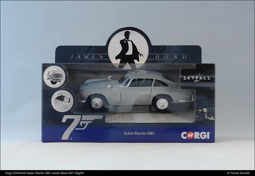 Corgi CC04310 Aston Martin DB5 James Bond DSC05868