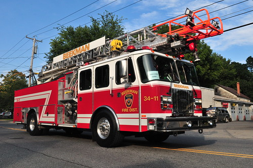 Beekman Fire District Ladder 34-11