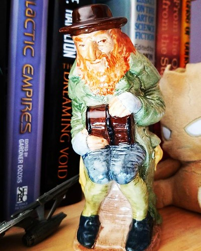 Yup, an addition to my Toby jug collection! This is Fagin from Oliver Twist. Yay! #antiquing #tobyjug #olivertwist #charlesdickens