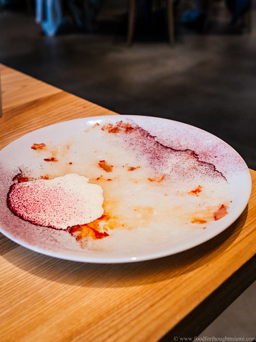 raw lobster, yuzu cream and hibiscus - Bo Best, Geist