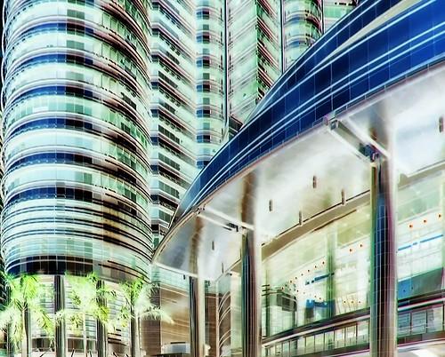 Malaysia - Kuala Lumpur - Petronas Twin Towers - 38dbb