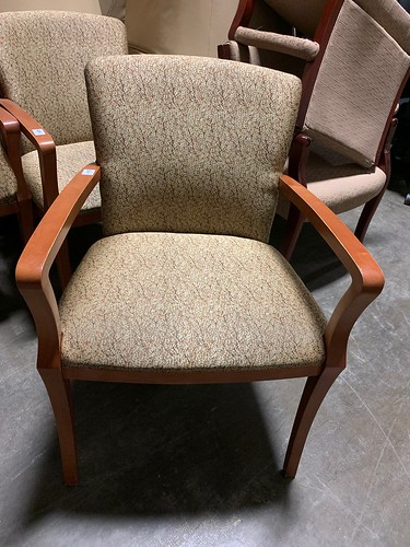 used-chairs-guest-wood frame with gold fabric-100ea