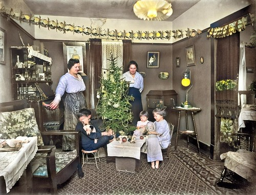 Christmas at the Bamber home, December 1919 colorized by Ahmet Asar