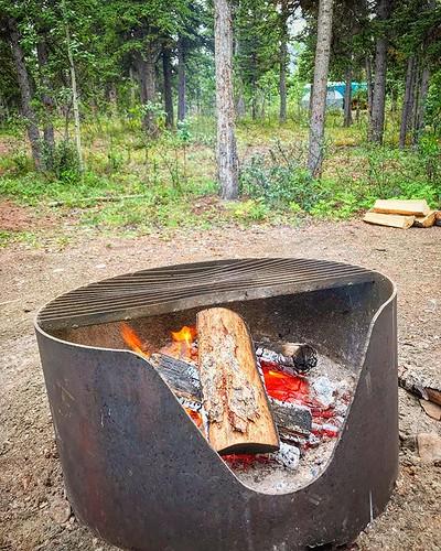That point where you got the coals pumping out the heat without getting blasted by flame. This will do. @TravelYukon #ExploreYukon #ComeToMyYukon #YukonTerritory #Yukon @Parks.Canada #ParksCanada #KluaneNPR #ExploreCanada #ShareTheChair #ImagesOfCanada #A