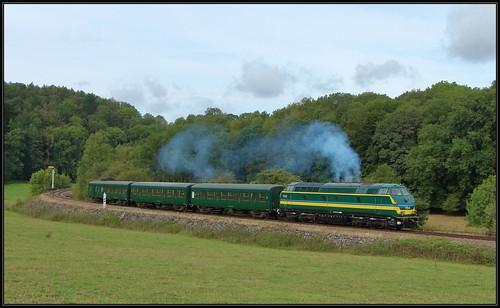 16) TUC-rail 5540 met L-rijtuigen   Senenne, 16-08-2019