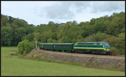 15) TUC-rail 5540 met L-rijtuigen   Senenne, 16-08-2019