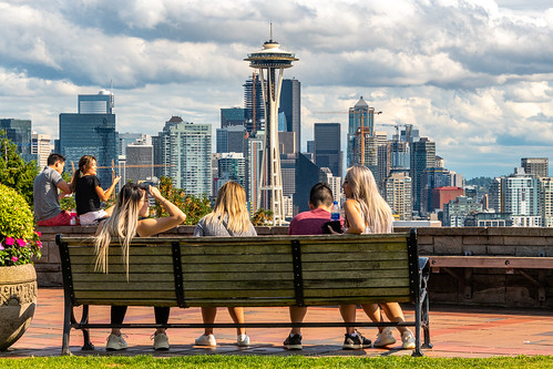 Space Needle and downtown view from Kerry Park, Seattle, Washington