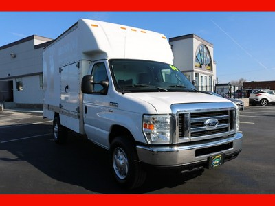 Ford Econoline Commercial Cutaway $13990