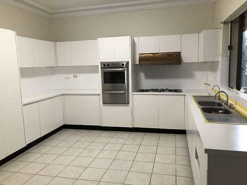 kitchen resurfacing company