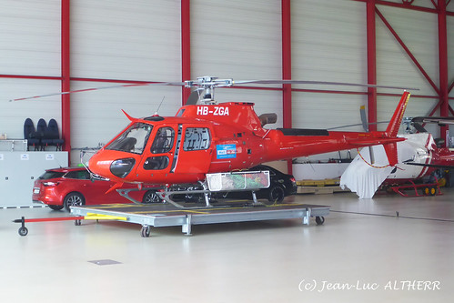 Airbus Helicopter AS350B3 Ecureuil Linth Air Services HB-ZGA. Mollis, August 16. 2019