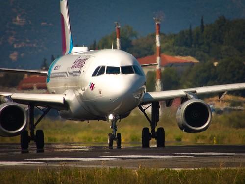 Eurowings A320 backtracking the runway at Corfu
