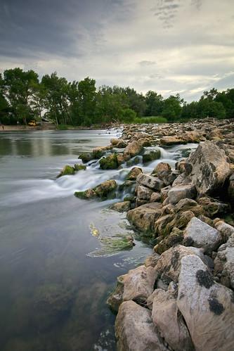 Rocas en el rio (explore 276)
