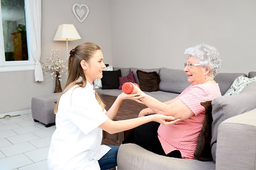 Effective Ways to Care for a Senior Loved One