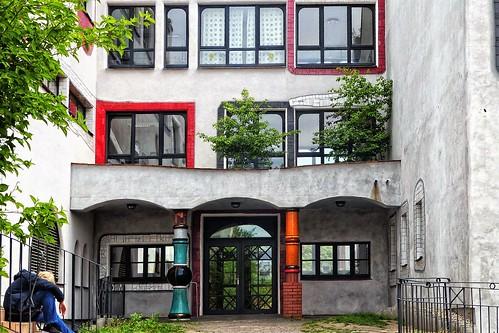 Hundertwasser School Wittenberg (1)