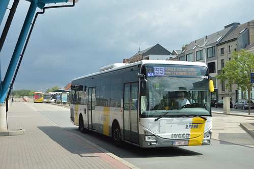 Iveco Crossway LE 5689 Halle Station