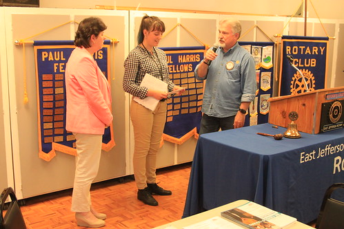 IMG_1472 - Chimacum WA - The Rotary Club of East Jefferson County - Meeting of August 22nd, 2019 - speakers Lorraine Ralston (L), Magdalene Rassmussen with Paul Wynkoop - US Census 2020