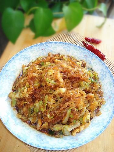 Cách làm miến xào bắp cải nhẹ nhàng cho bữa sáng