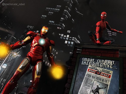 Iron Man and Spider-man (important in the desc)