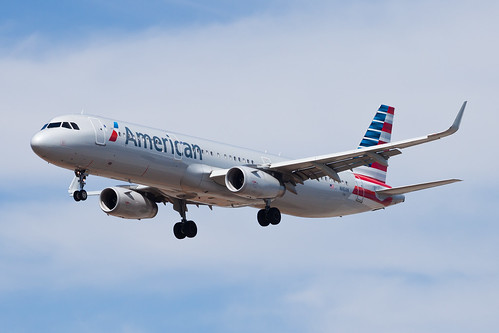 American Airlines Airbus A321 N116AN