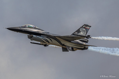 General Dynamics F-16AM Fighting Falcon - FA-101 - Belgian Air Component F-16 Solo Display
