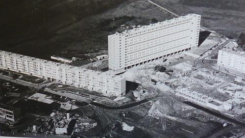 GRAND-CHARMOND Cite moderne les Fougeres @ le PICARDE constr 1961 patrimoine de la SAFC 300 lgts dynamités le 18 07 87