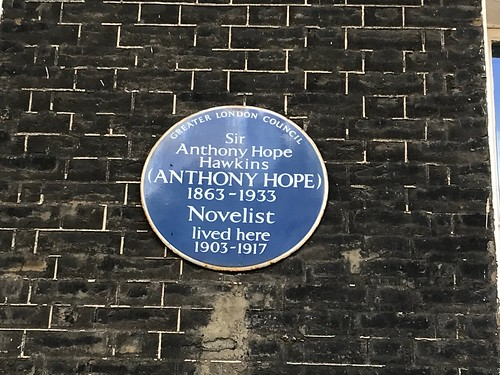 Plaque to Anthony Hope
