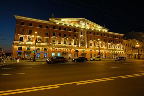 XE3F8377 - Avenida Nevski (San Petersburgo) - Nevsky Prospect (Saint Petersburg)- Невский проспект (Санкт-Петербург)