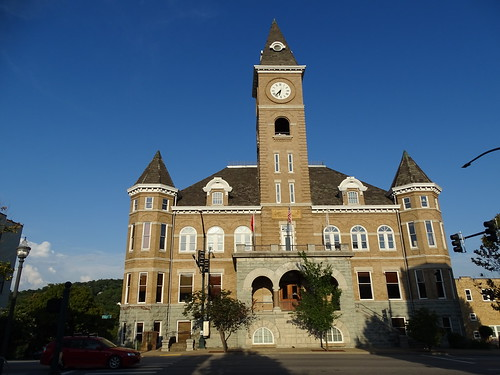 Former Washington County Courthouse (1904)