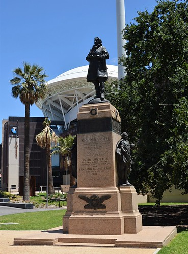 Adelaide Sir Ross Smith memorial  the first pilot to fly from England to Australia in 1919 / erected by the people of South Australia