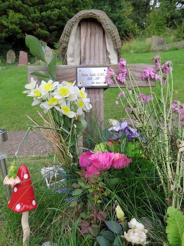 Peter Sallis's Grave, Upperthong 2019