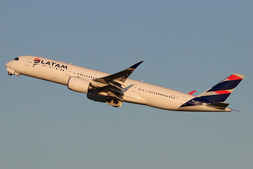 PR-XTI   Airbus A350-941   LATAM Airlines Brasil