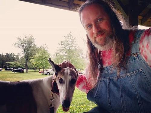 Weird angle for the Dee-oh-gee #Cane #dogsofinstagram #greyhound #greyhoundsofinstagram