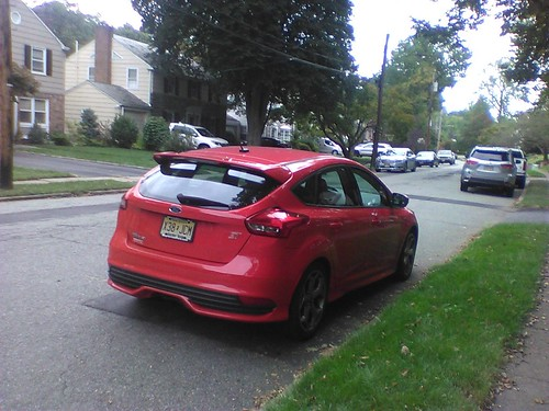 Red Ford Focus ST