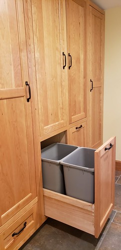 Dewell laundry room