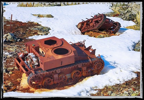 M2A2 Light Tank & T3E4 Light Tractor (East Base, United States Antarctic Service Expedition)
