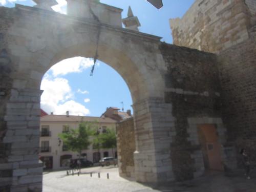 Looking through  Puerta, or  Arco,  de la Carcel, Leon
