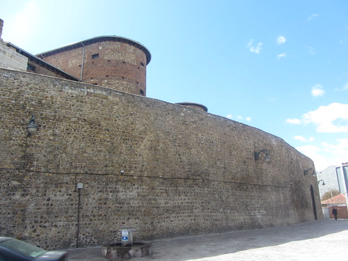 Stretch of citywalls and tower, Leon