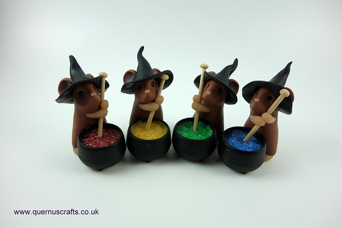 Little Brown Witchy Cauldron Mice