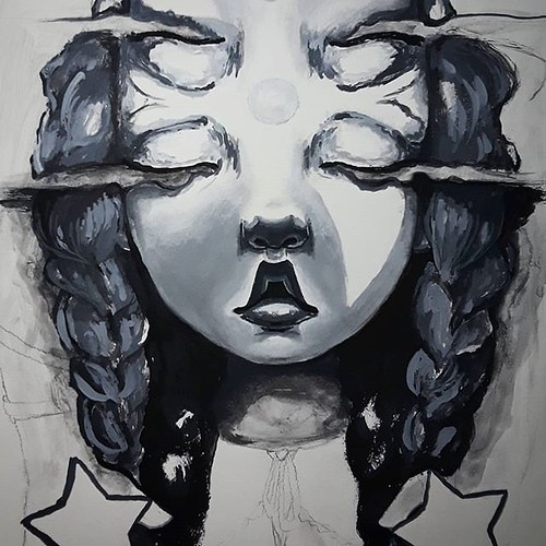 Blocking in some values for the braids here in my latest #wip. Feels good to paint tonight. More on this piece to come! Thanks for taking a look!  #bwpainting #dreamcatcher #workinprogress #blackandwhitetheme #oniric #popsurrealism #paintingdetail #painti