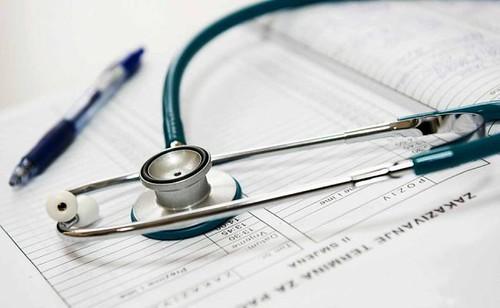 Sette morti/anno contro 2,6 milioni. #invaccineswetrust (?)