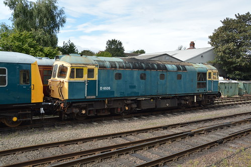 BR Blue Class 33/1 'Bagpipe', D6535